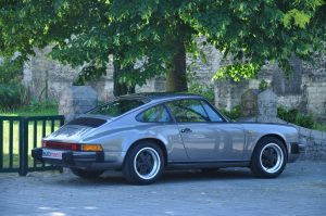 Porsche 911 3.2 Carrera Automeetic